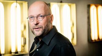 Henrik Føhns: Hallo, hallo - er der nogen hjemme i verdensrummet?